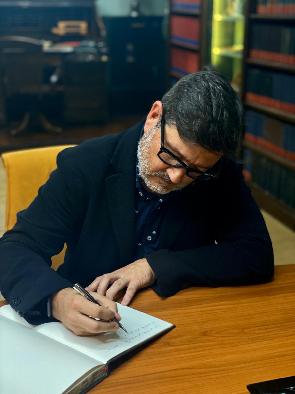 Lluis Mijoler, Alcalde del Ajuntament del Prat de Llobregat visita Oliver Rodés
